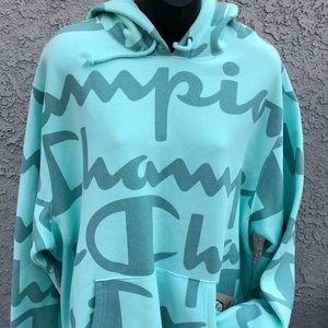 CHAMPION Men's Green Large Logo Sweatshirt (XL)